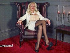 Hot blonde MILF Brittany Bardot teases pussy with fingers and a huge dildo  721858