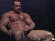 BODYBUILDER SOLO cums 1621 7