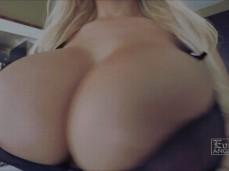 big tits bounce